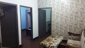Fully Furnished flat for rent. Near Ichra ferozpur road.