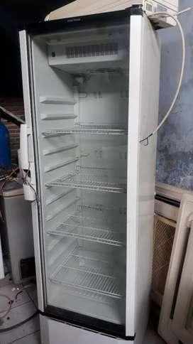 Jual kulkas kaca tinggi merek polytron no fross tanpa bunga es