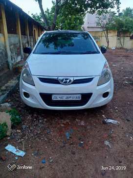 An excellent condition Hyundai I20 with CNG