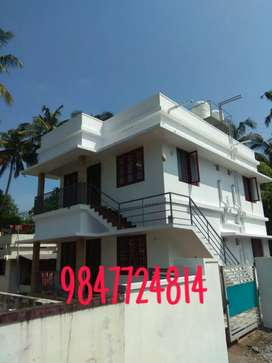First floor for rent Rs.8500 (near by Navy quarters Mundemveli-0.5km)