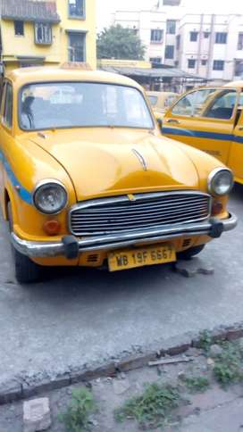 2013 COMMERCIAL YELLOW TAXI