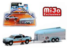 Greenlight Hitch & Tow 2017 Ford F150 with Areovault Trailer Gulf