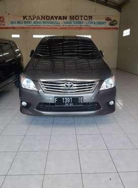 Toyota inova diesel matic thn 2012 mobil mulus interior bersih terawat