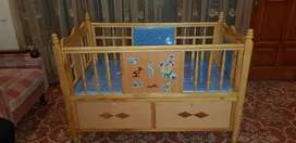 Baby cot in very good condition