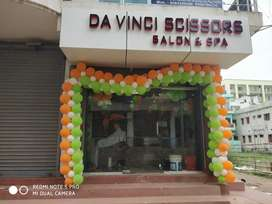 670000 salon in sale ramjaypal road arpna bank colony