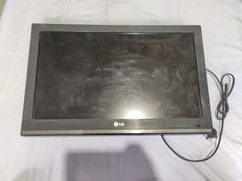 LG BRAND TV / ALMOST AS NEW / NO DAMAGE/ WORKING PERFECTLY