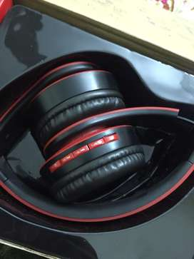 Orignal headphone with good quality sound, bluetooth+cable connection