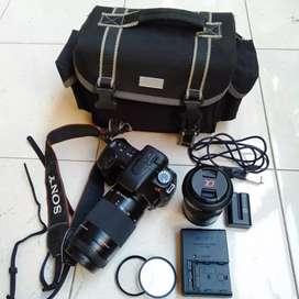 Sony Alpha A200 ( 2 Lensa )