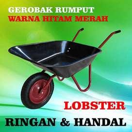Gerobak Rumput Hitam dan Merah Merek Lobster