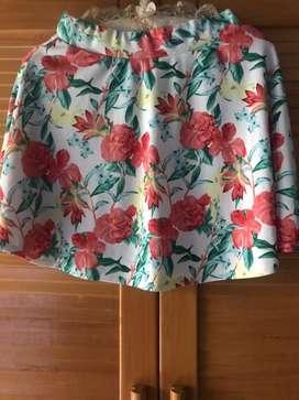 Rok pendek bunga2 cerah