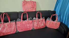 All types of ladies purse are available here note any purse = 500 RS