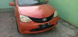 Toyota Etios sedan 2013/14 plat hitam L