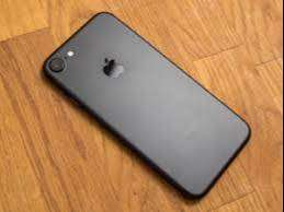 apple i phone 7   are available on Offer price,COD service is availabl