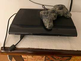 PS3 500GB with controller
