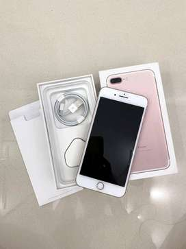 Brand new condition of Apple iPhone 7 plus with all accessories