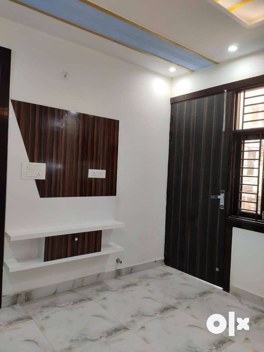 3BHK WITH LIFT CARPARKING 0