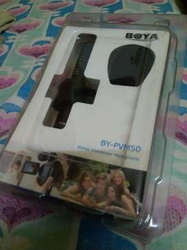 BOYA Stereo condenser microphone for DSLR and smartphone