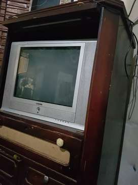 Solo tv with tv trolly