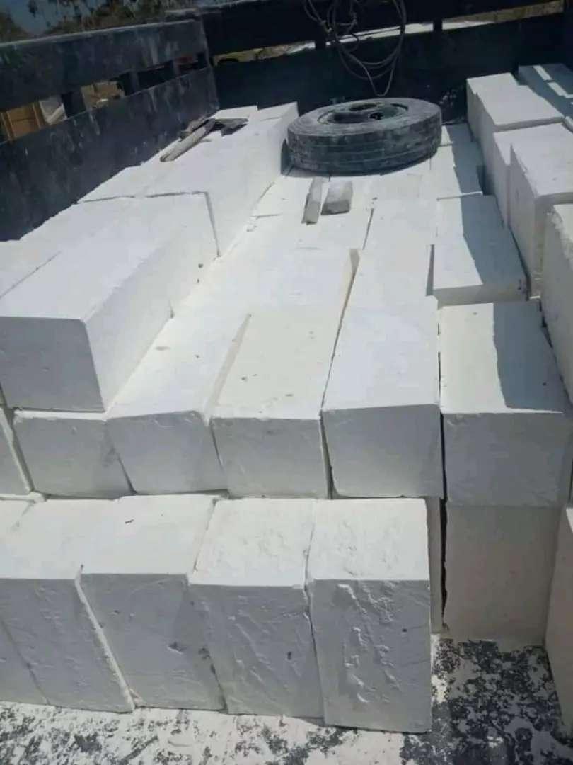 Batu  kumbung pondasi 0