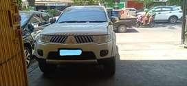 Mobil Mitsubishi Pajero Sport Exceed AT Diesel 2012 dijual Makassar
