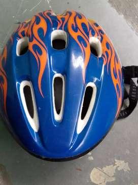 Guru helmet