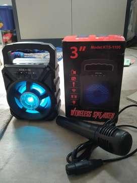 Speaker bluetooth + mic karoke
