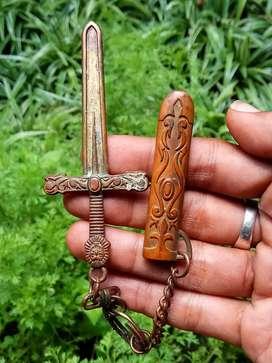 Ganci, Keychain sword..