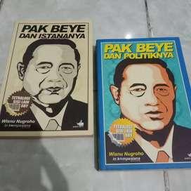 Dua buku sisi lain SBY