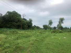 Plot for sale at prime location at lakhanwala 1km away from main road
