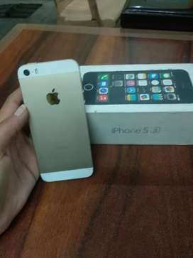 Apple 5s 16gb brand new iphone imported handset with bill and warranty