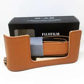 Fuji Fujifilm Half Case XA5 XA10 XA20 XM1 XA2 Coklat Brown Original