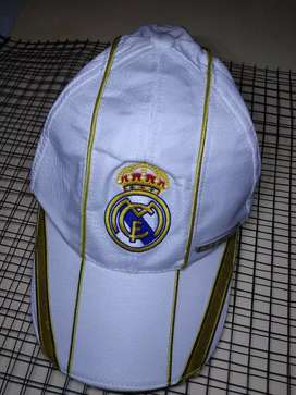 Topi Official Merchandise Real Madrid