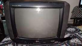 2 tv selling pe hai