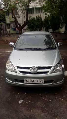 Toyota Innova 2004-2011 2.5 V Diesel 8-seater, 2006, Diesel
