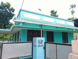വീട് വിൽപ്പനക്ക് kollam, eravipuram, valathungal ന് സമീപം