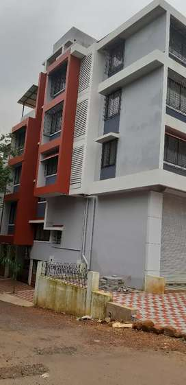 2bhk ready to move in brand new bldg in fatorda ambhaji
