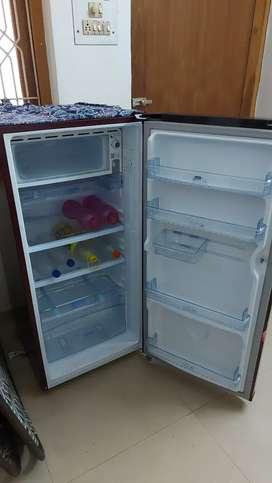 Hair refrigerator 185 ltr