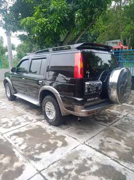 Ford Everest 4x2 manual diesel 2004