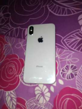 iPhone X .64gb mint condition, out of warranty