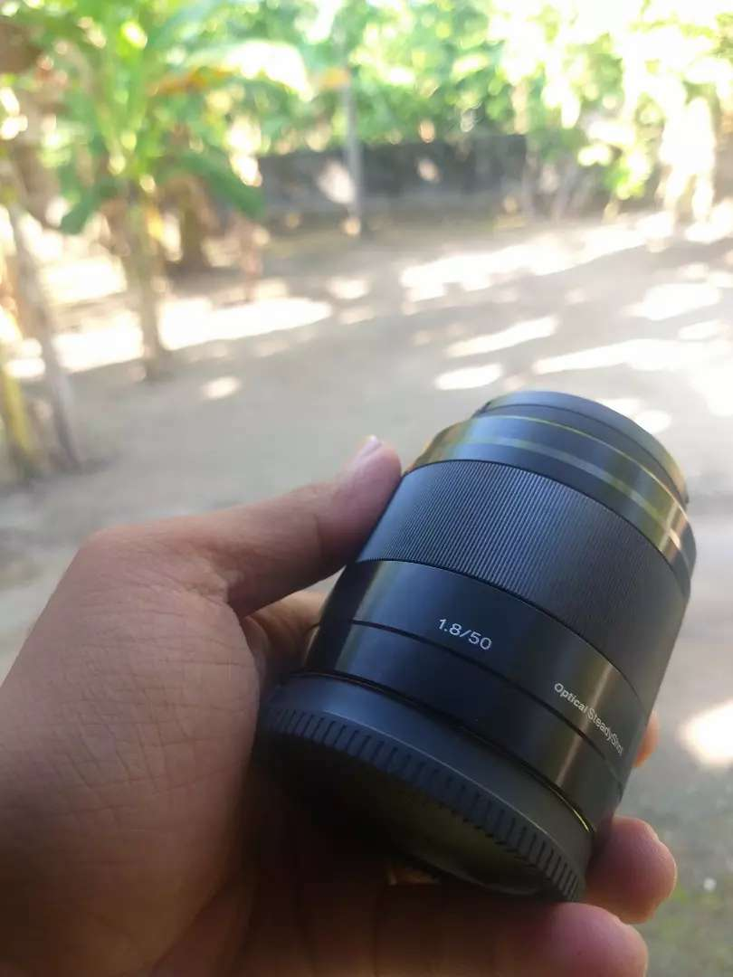 Lensa Fix 50mm Sony f 1.8 0