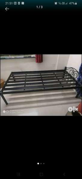 Metal bed 1500