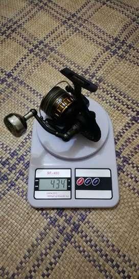 Reel DAIWA BG 4000 SW (setara reel size 6000 normal pada umumnya)