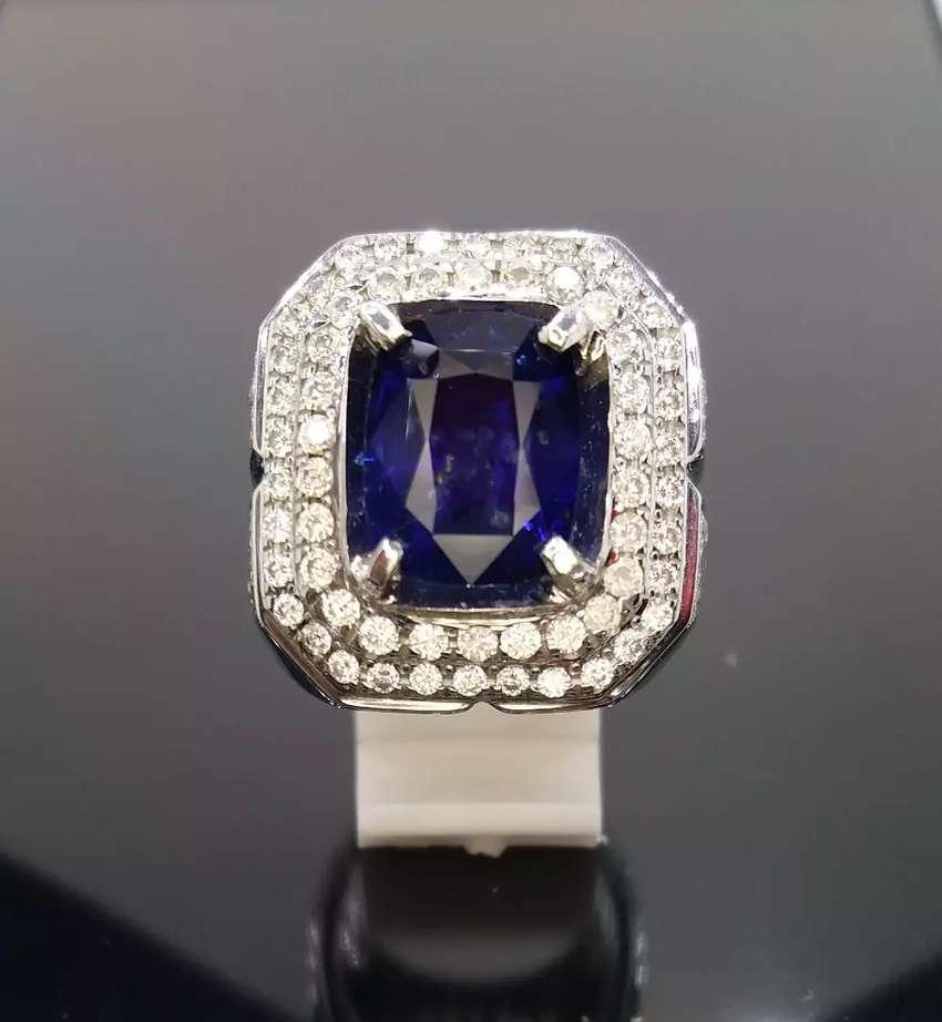 Natural Vivid Royal Blue Sapphire 6.65crt 0