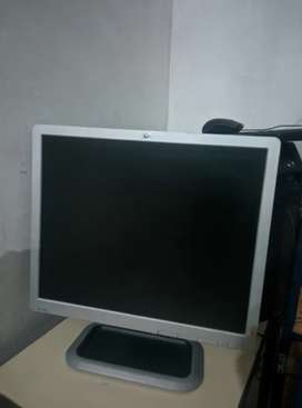 Dell Optiplex 780 CORE 2 DUO VPro WITH HP L1910 LCD