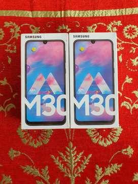 Flashsale Resmi Samsung Galaxy M30 4/64 GB Blue