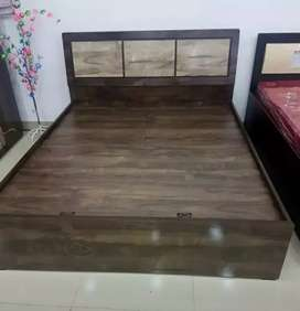 Queen size bed without storage 8999