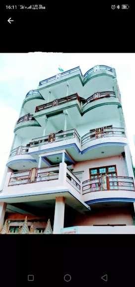 Asharfa boys hostel (Rs 4500)