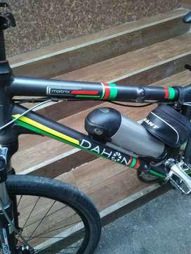 Dijual Sepeda listrik merk DAHON Bisa dilipat