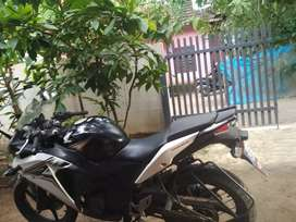CBR 150R MODEL,  GOOD conditions, two new tire