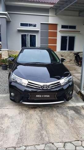 Corolla Altis V a/t 1.8 2014